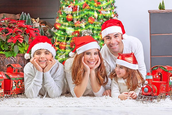 Caring For Your Teeth During The Sugar-Filled Holidays