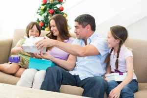 Top 6 Oral Hygiene Gift Ideas for Holidays from Cardiff Dental